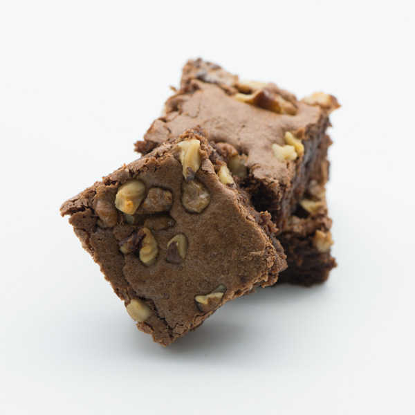 Brownie cu nucă