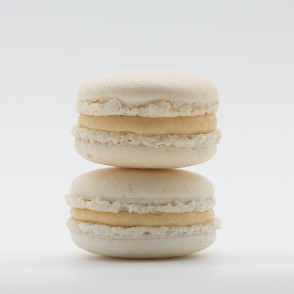 Macarons cu caramel sărat