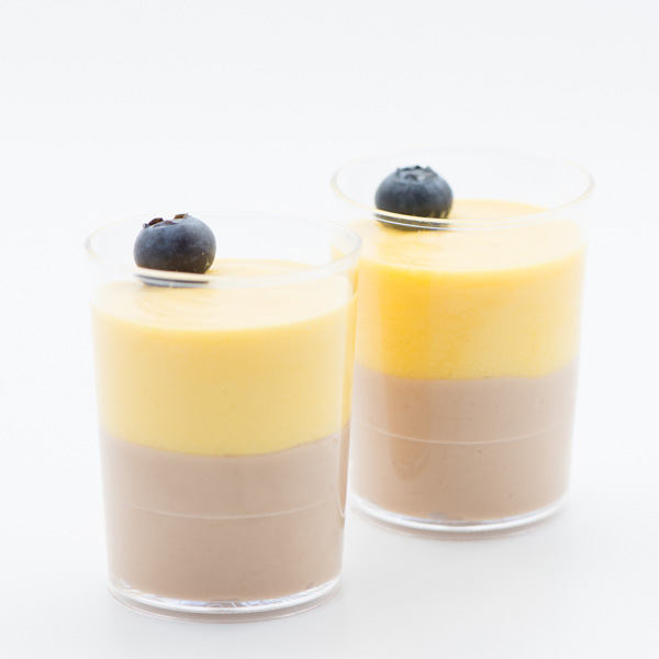 Mousse de ciocolată și mango-fructul pasiunii